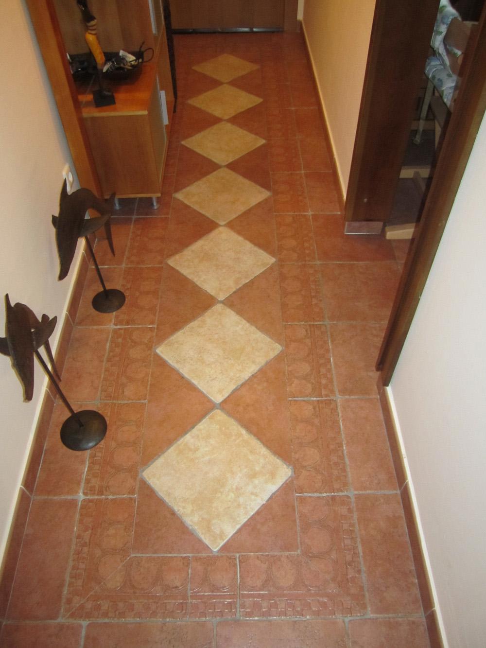 Solados y alicatados eduardo cuevas alfombras - Alfombras pasillo ...