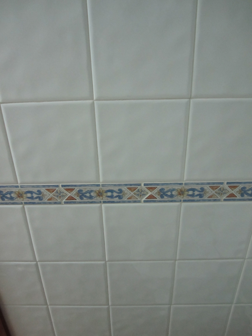 Solados y alicatados eduardo cuevas azulejos - Azulejos blancos ...